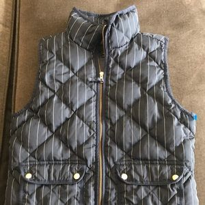 J crew puffer vest size small